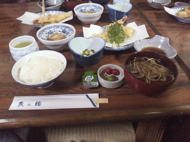 体推研修旅行・泉の館・昼食・2013.jpg