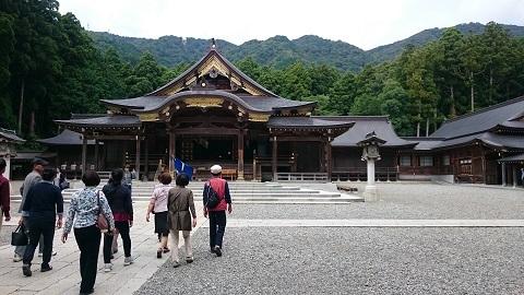 弥彦神社3.JPG