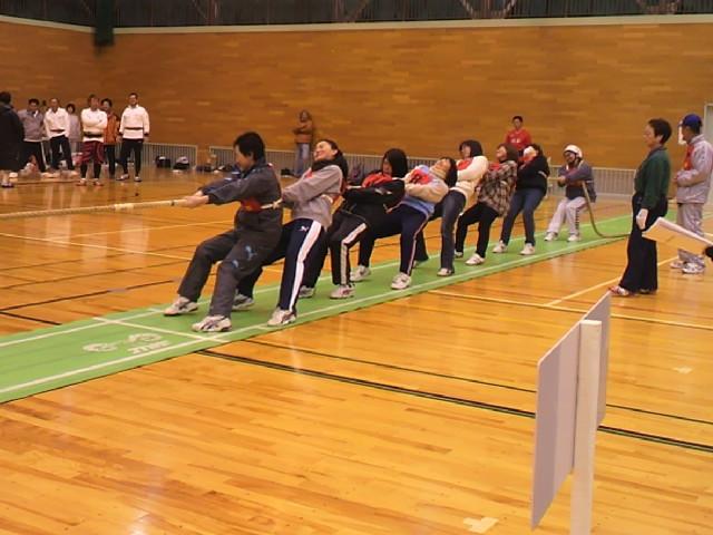 2013伊勢崎市民綱引き大会・女子1.jpg