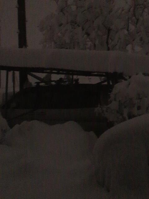 大雪20140215・3時車庫3.jpg