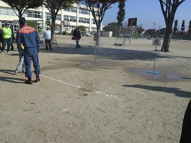 水消火器訓練  (3).JPG
